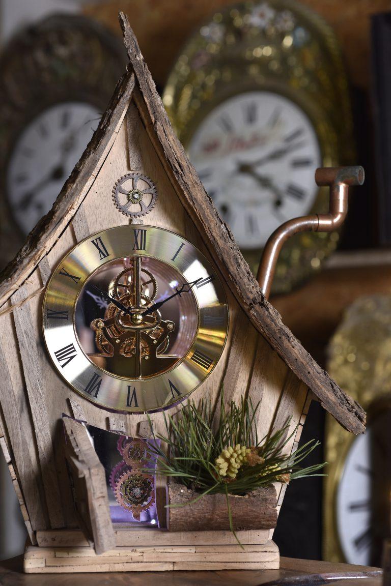Colbus- Horloges Comtoises Converset